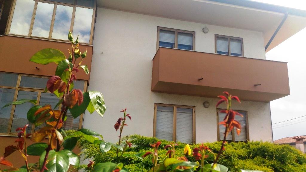 Appartamento in vendita a Pavia di Udine, 5 locali, prezzo € 118.000 | Cambio Casa.it