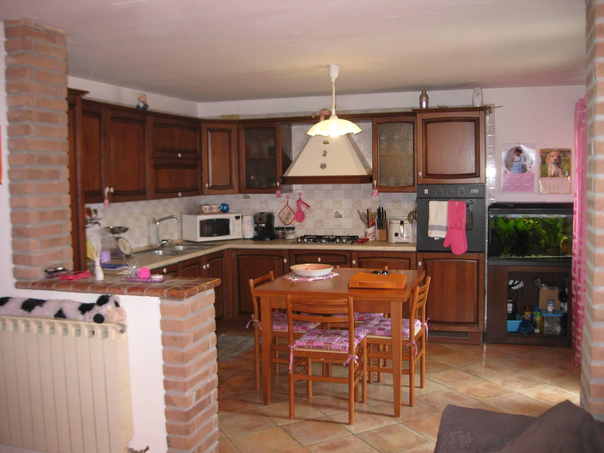 Soluzione Semindipendente in vendita a Ronchis, 4 locali, prezzo € 78.000 | Cambio Casa.it