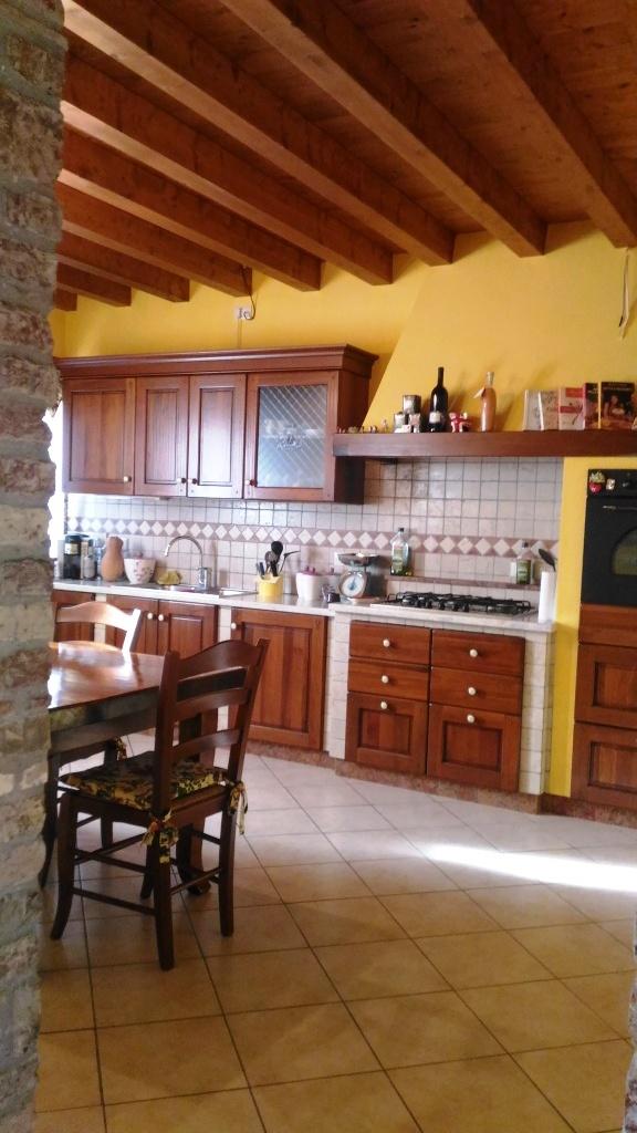 Villa Bifamiliare in vendita a Santa Maria La Longa, 5 locali, prezzo € 205.000 | Cambio Casa.it