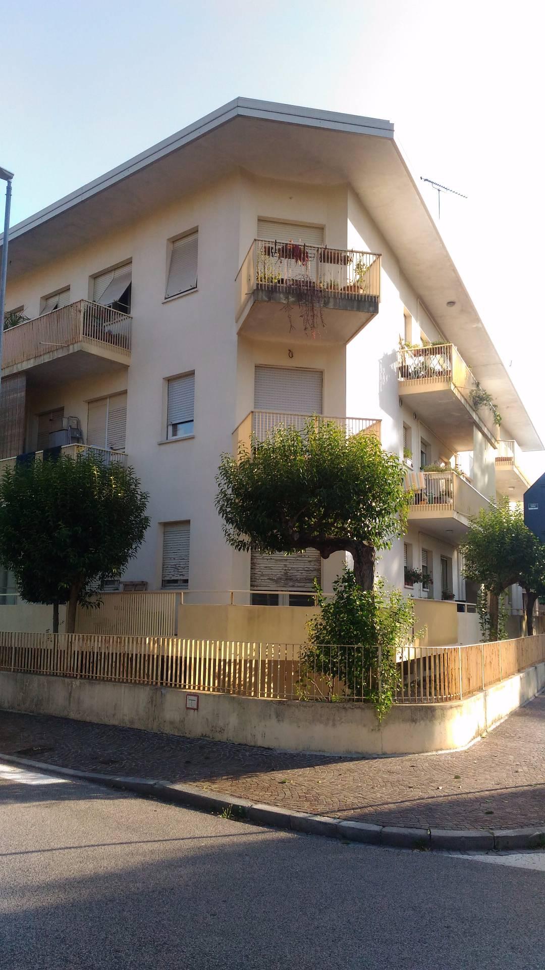 Appartamento in affitto a Udine, 5 locali, prezzo € 500 | CambioCasa.it