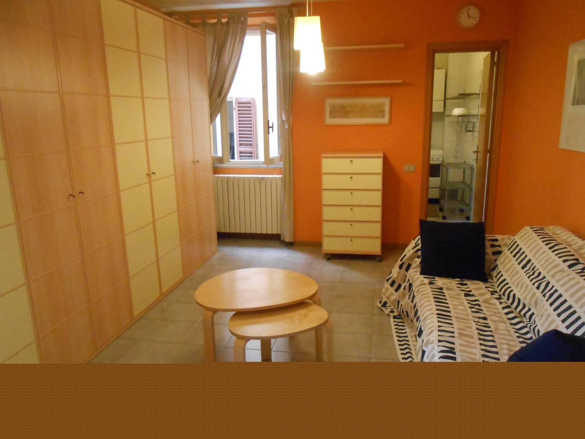 Appartamento in affitto a Ancona, 1 locali, zona Località: Centrostorico, prezzo € 400 | Cambio Casa.it