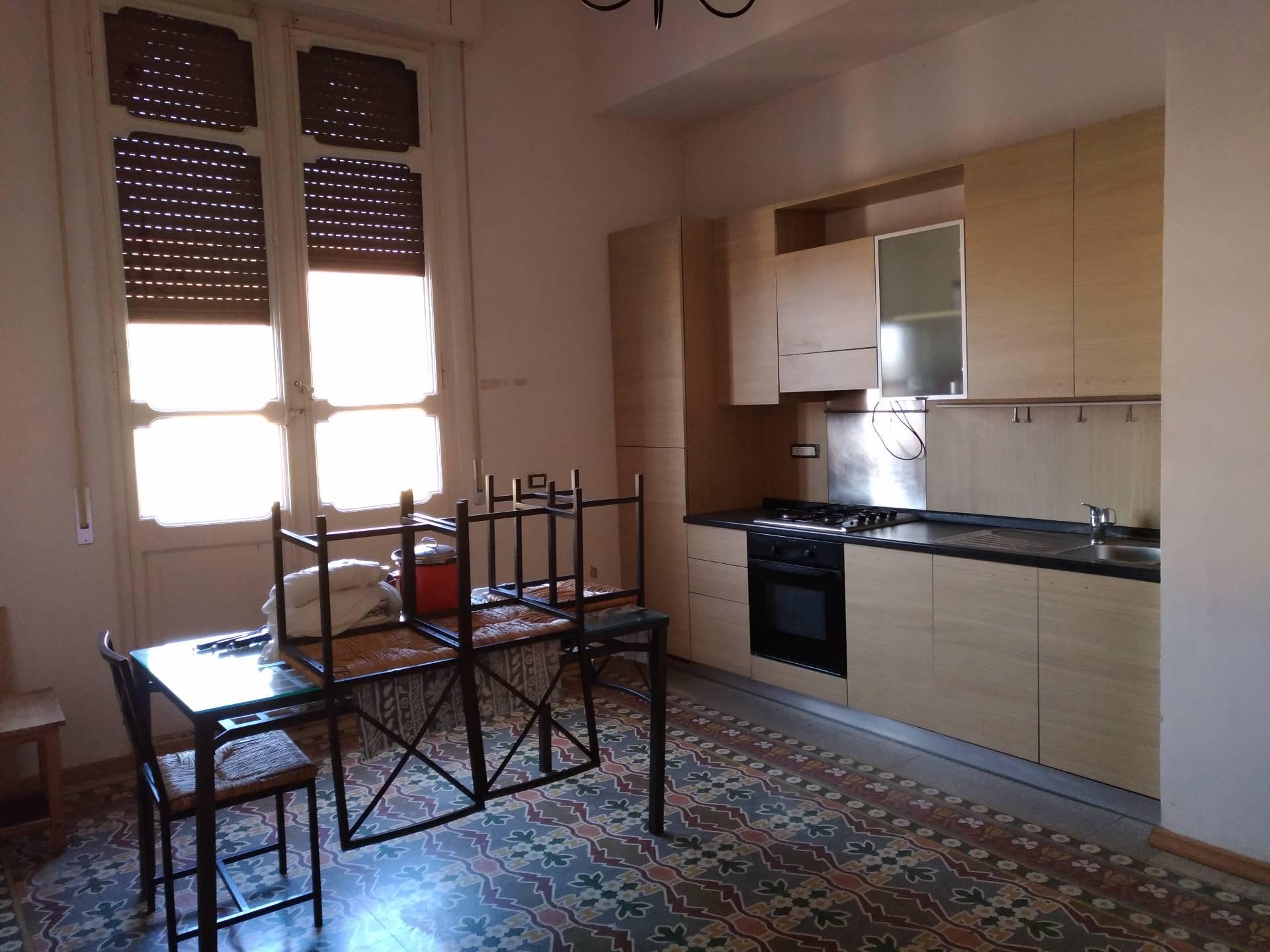Appartamento in affitto a Ancona, 3 locali, zona Località: Centrostorico, prezzo € 650 | Cambio Casa.it