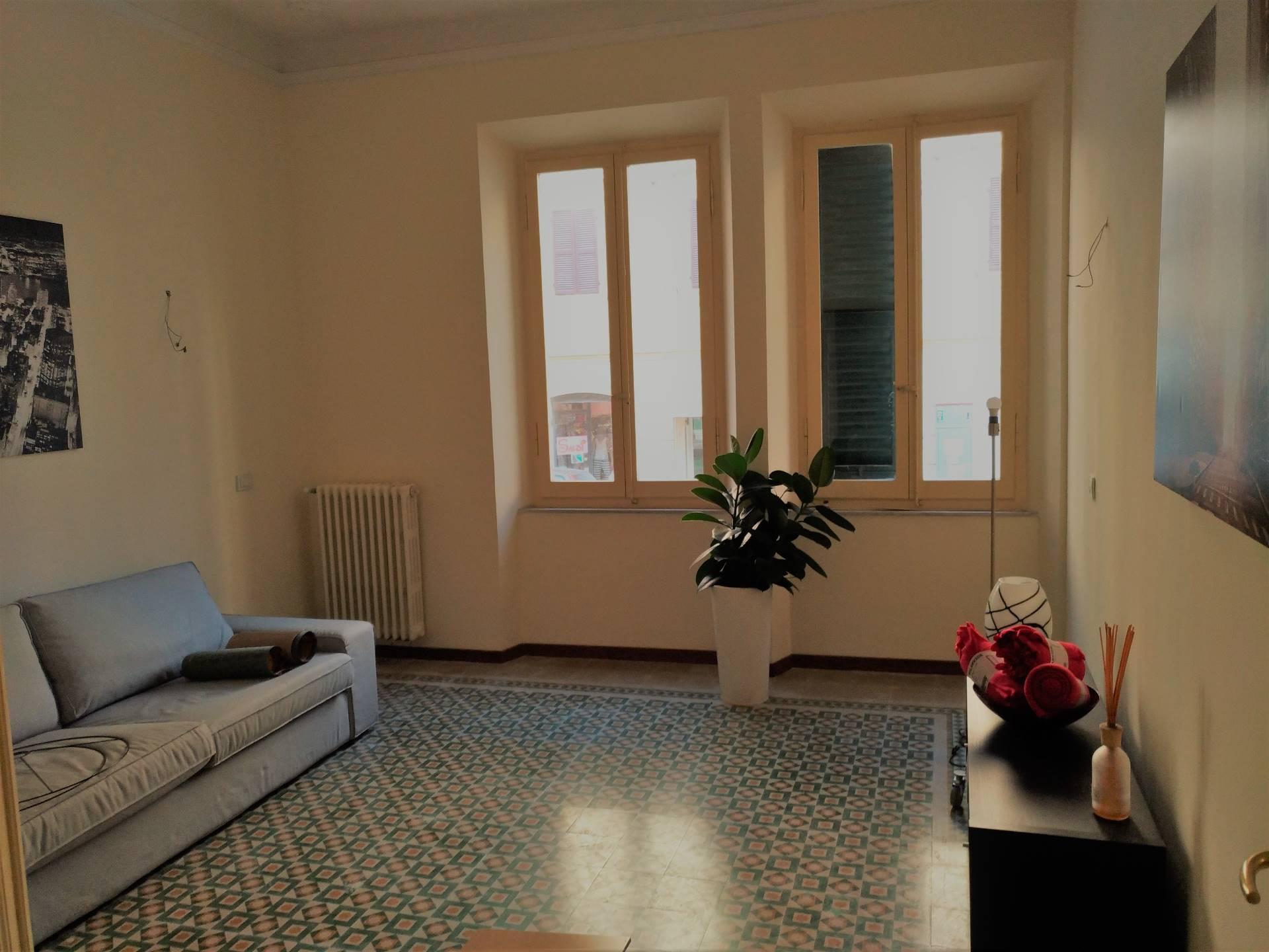 Appartamento in affitto a Ancona, 5 locali, zona Località: Q.Adriatico, prezzo € 850 | CambioCasa.it