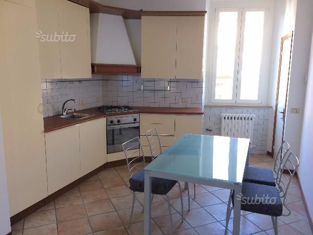 Appartamento in affitto a Ancona, 4 locali, zona Località: Q.Adriatico, prezzo € 750 | CambioCasa.it