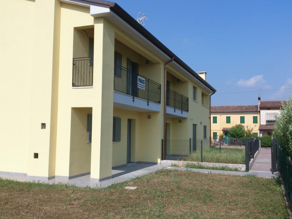 Villa Bifamiliare in vendita a Crocetta del Montello, 4 locali, zona Località: CianodelMontello, prezzo € 265.000 | Cambio Casa.it