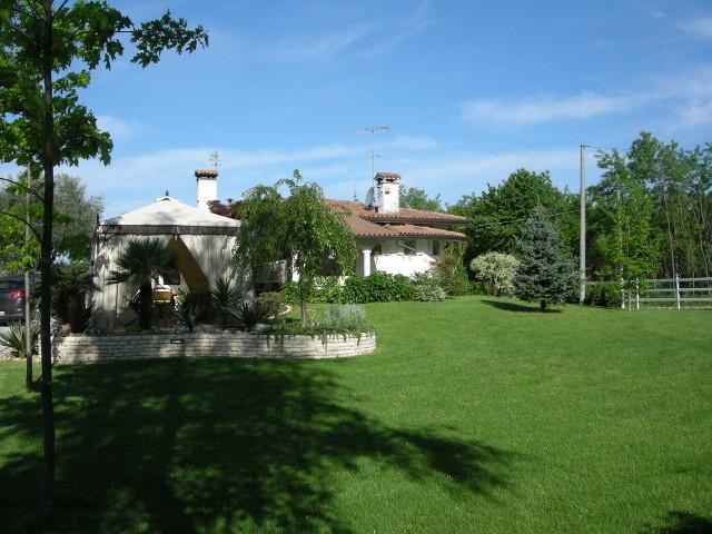 Villa in vendita a Montebelluna, 4 locali, Trattative riservate | Cambio Casa.it