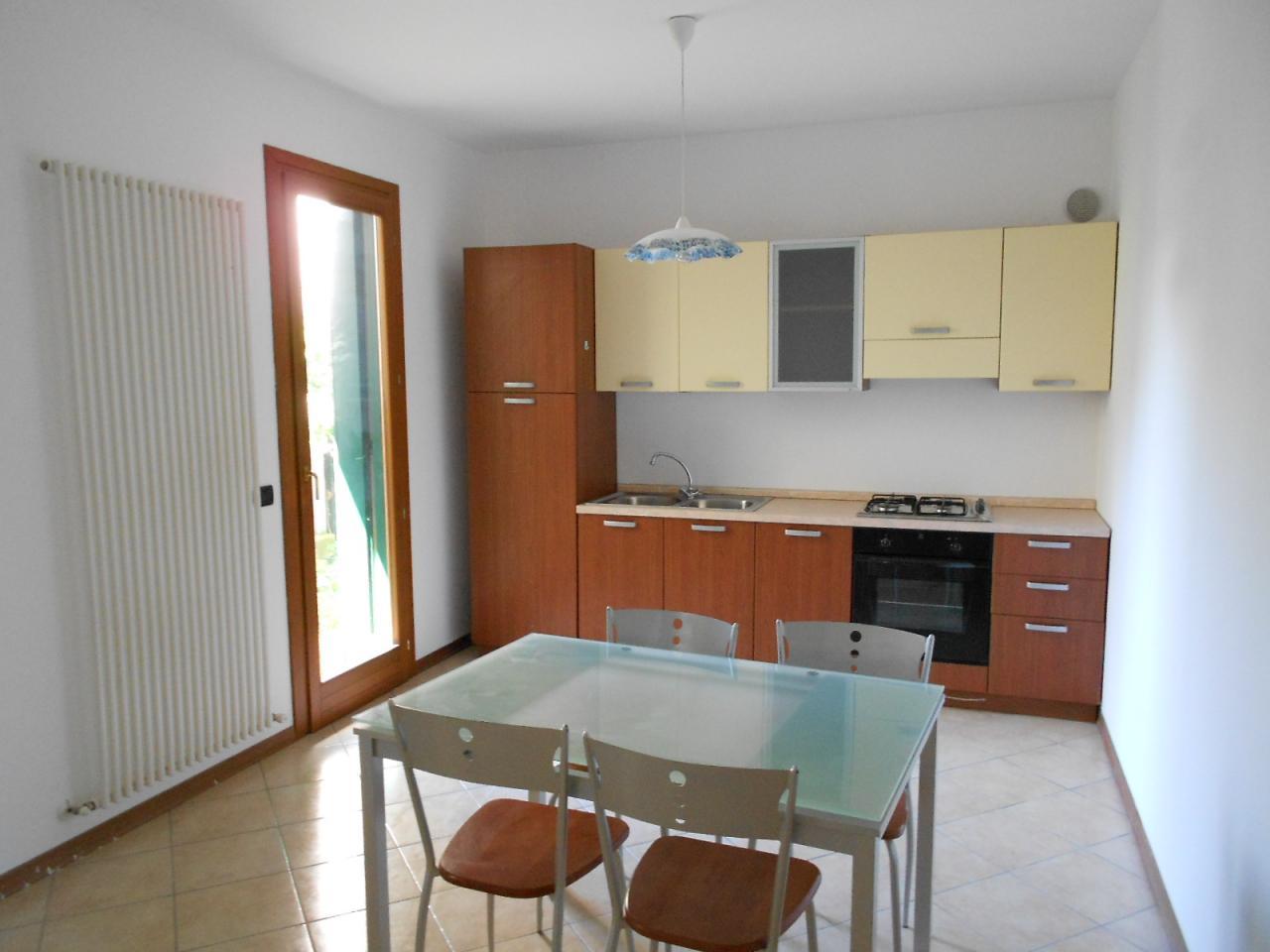 Appartamento in vendita a Montebelluna, 2 locali, prezzo € 95.000 | Cambio Casa.it