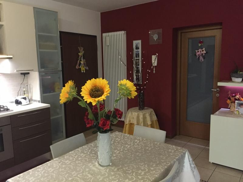 Appartamento in vendita a Trevignano, 3 locali, prezzo € 120.000 | Cambio Casa.it