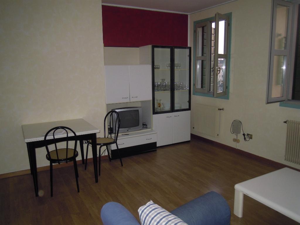 Appartamento in affitto a Montebelluna, 3 locali, zona Località: LaPieve, prezzo € 520 | Cambio Casa.it