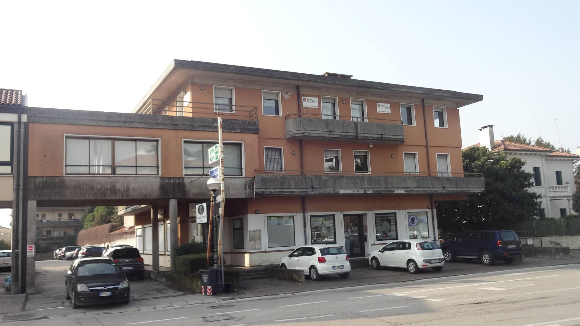 Attività / Licenza in vendita a Montebelluna, 9999 locali, zona Località: LaPieve, prezzo € 170.000 | Cambio Casa.it