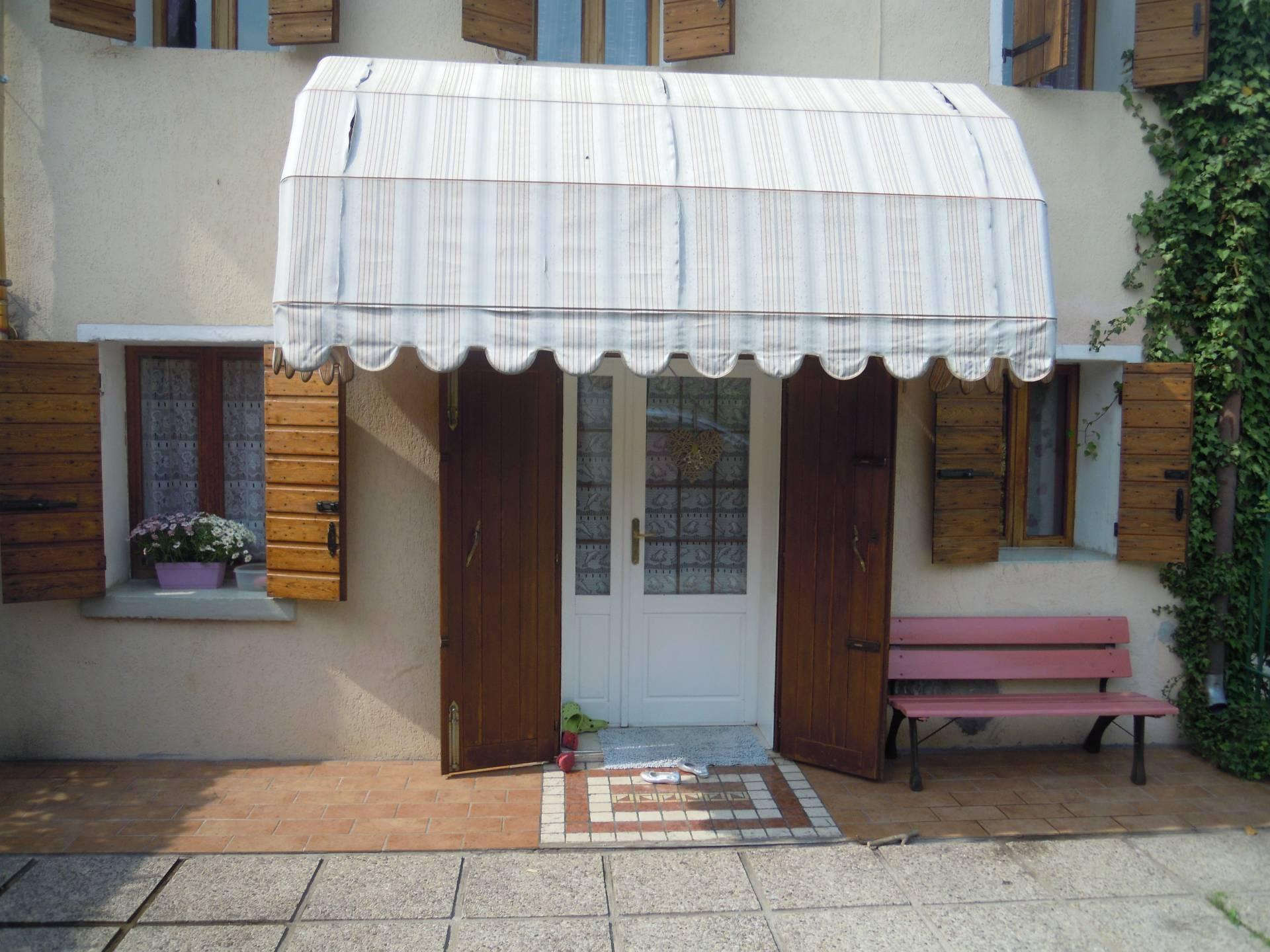 Rustico / Casale in vendita a Crocetta del Montello, 4 locali, zona Località: CianodelMontello, prezzo € 115.000 | Cambio Casa.it
