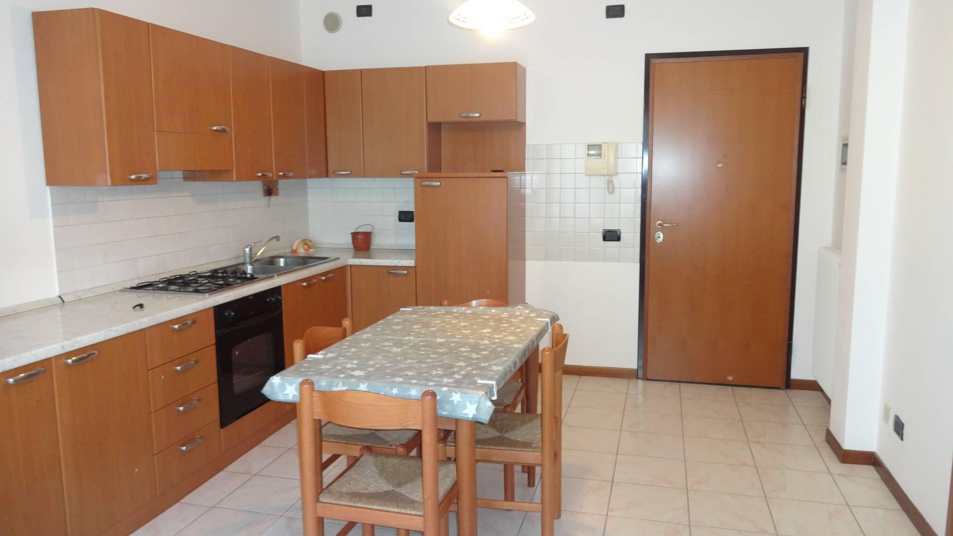 Appartamento in affitto a Montebelluna, 2 locali, zona Località: LaPieve, prezzo € 370 | Cambio Casa.it