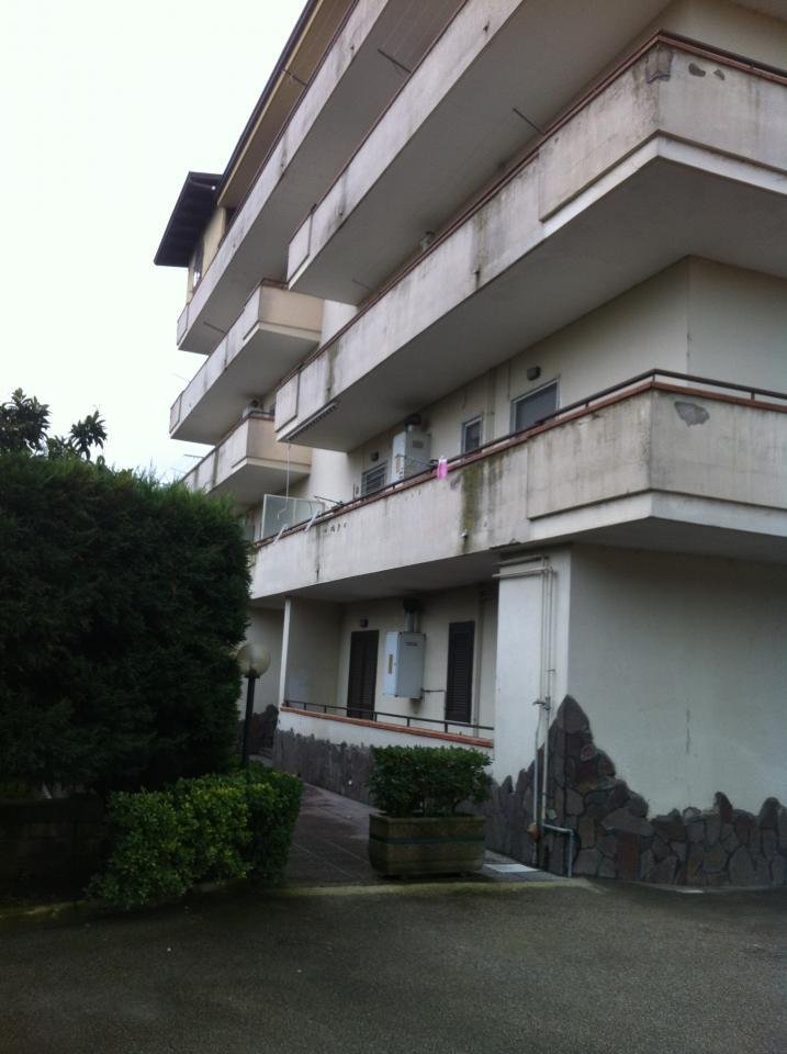Appartamento in affitto a Qualiano, 3 locali, prezzo € 410 | CambioCasa.it