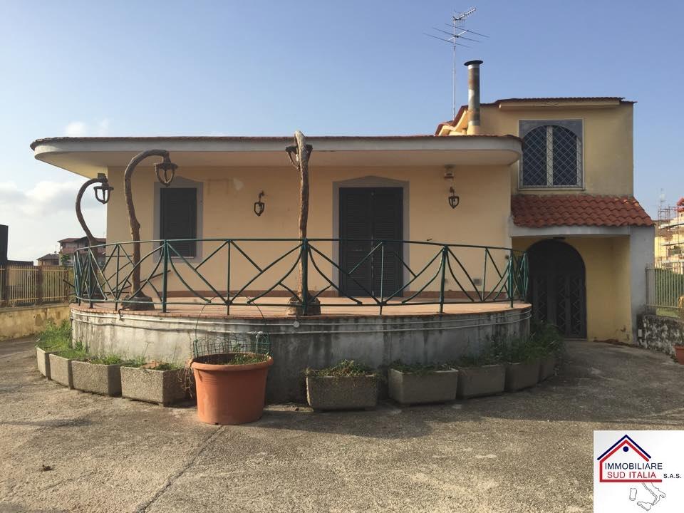 Villa in affitto a Qualiano, 4 locali, Trattative riservate | Cambio Casa.it