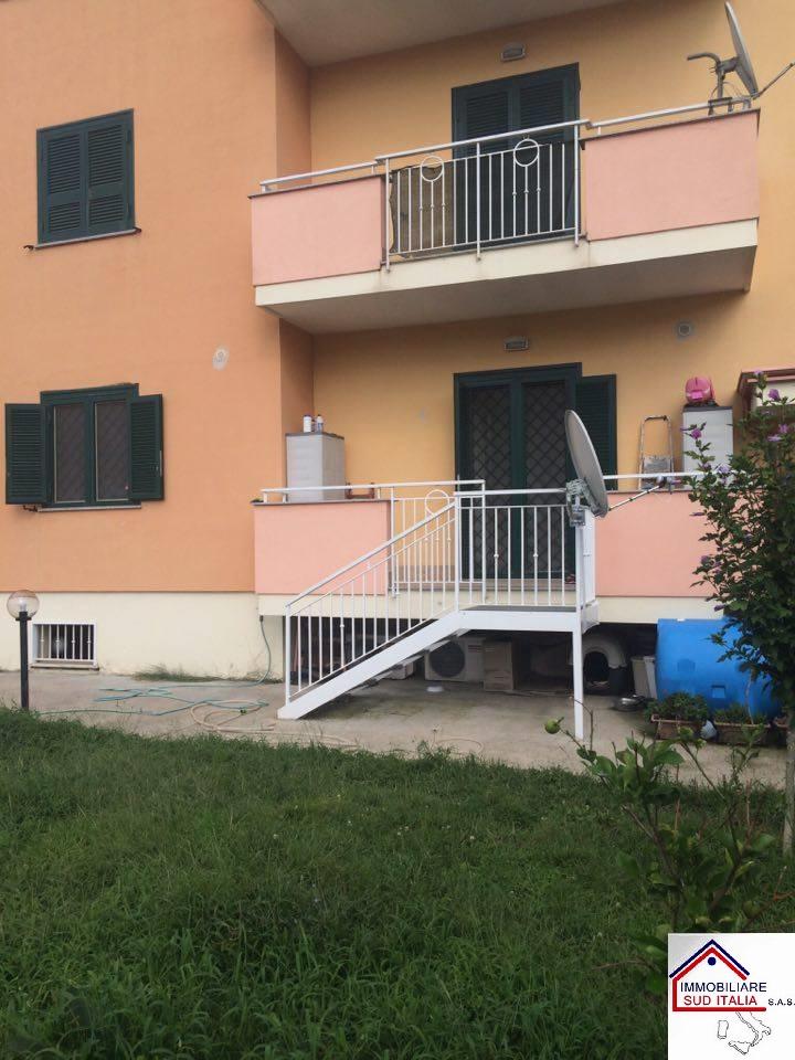 Appartamento in affitto a Castel Volturno, 4 locali, prezzo € 600 | Cambio Casa.it