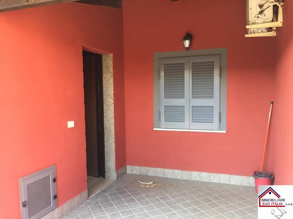 Bilocale Giugliano in Campania Via Ripuaria 4