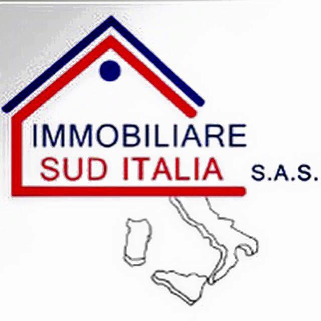 Negozio / Locale in affitto a Giugliano in Campania, 9999 locali, zona Zona: Varcaturo, prezzo € 1.000 | Cambio Casa.it