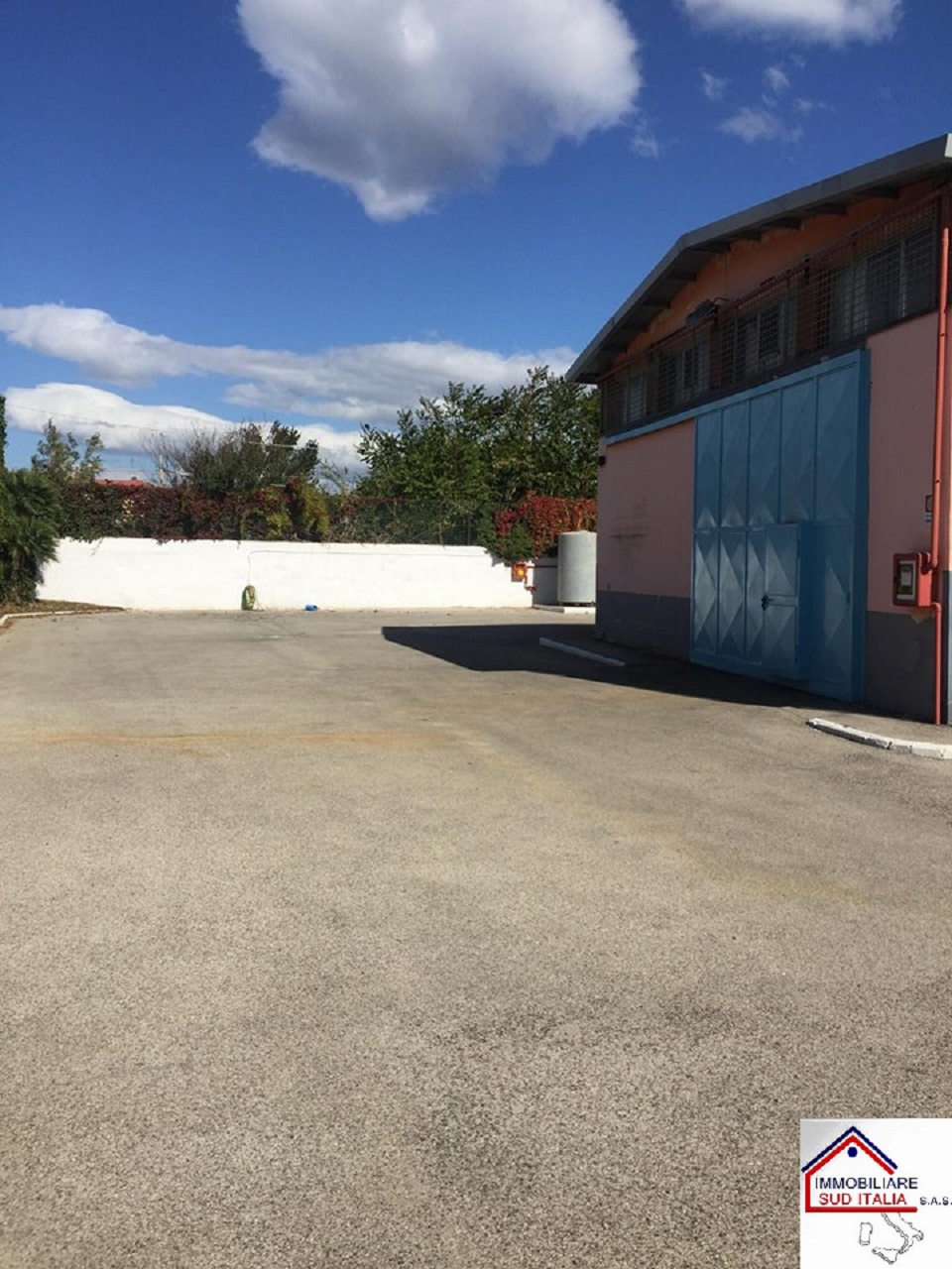 Capannone in affitto a Pozzuoli, 9999 locali, Trattative riservate | CambioCasa.it