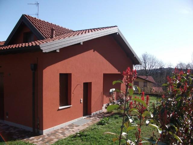 Appartamento in vendita a Azzate, 3 locali, prezzo € 337.000 | CambioCasa.it