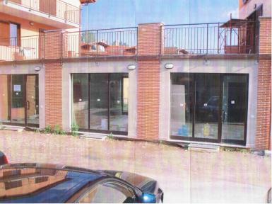 Negozio / Locale in affitto a Galliate Lombardo, 9999 locali, prezzo € 180.000 | CambioCasa.it