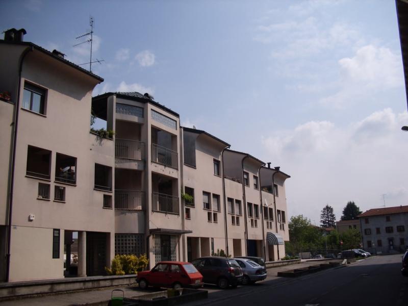 Appartamento in vendita a Azzate, 1 locali, prezzo € 22.000 | CambioCasa.it