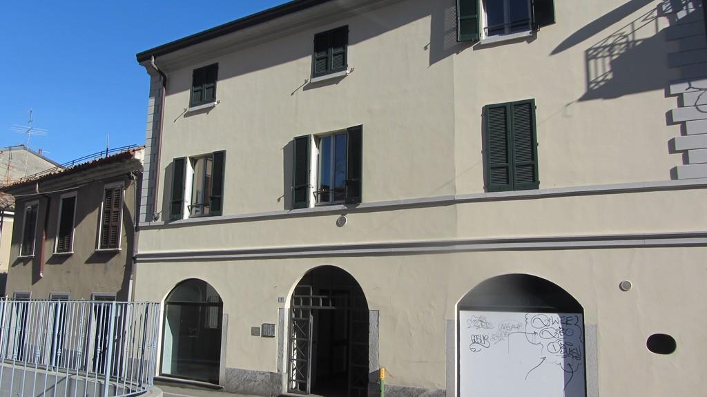 Negozio / Locale in affitto a Varese, 9999 locali, prezzo € 800 | Cambio Casa.it