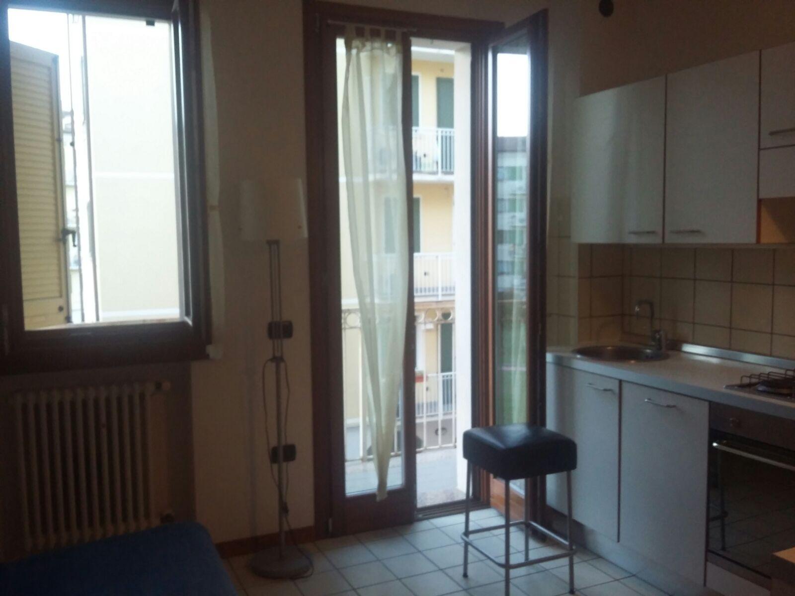 Bilocale Parma Viale Lombardia 2