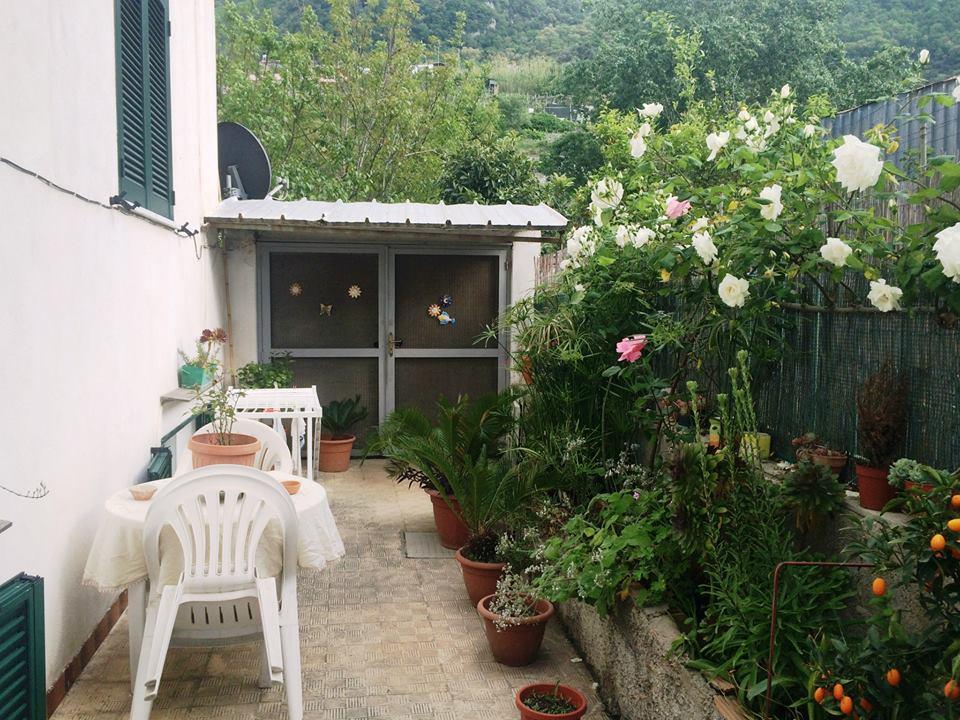 Appartamento in vendita a Lacco Ameno, 4 locali, zona Località: Fango, prezzo € 220.000 | Cambio Casa.it