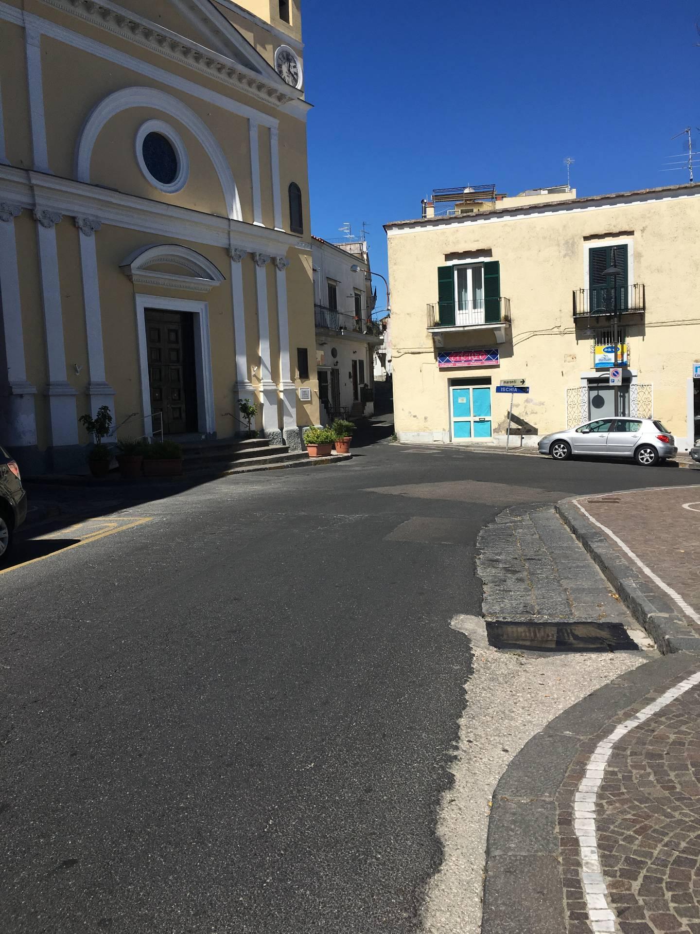 Negozio / Locale in vendita a Barano d'Ischia, 9999 locali, zona Località: Baranocentro, prezzo € 180.000 | CambioCasa.it