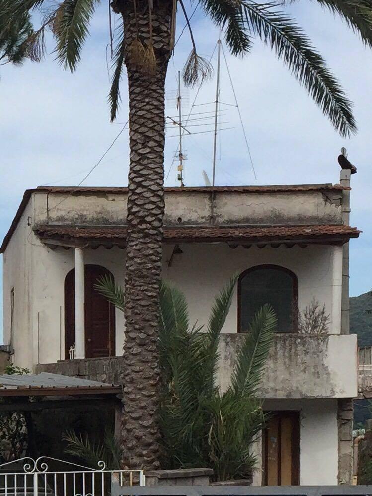 Appartamento in vendita a Casamicciola Terme, 5 locali, prezzo € 280.000 | Cambio Casa.it