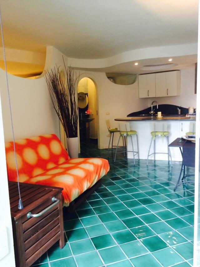Appartamento in vendita a Forio, 2 locali, zona Località: SanFrancesco, prezzo € 140.000 | CambioCasa.it
