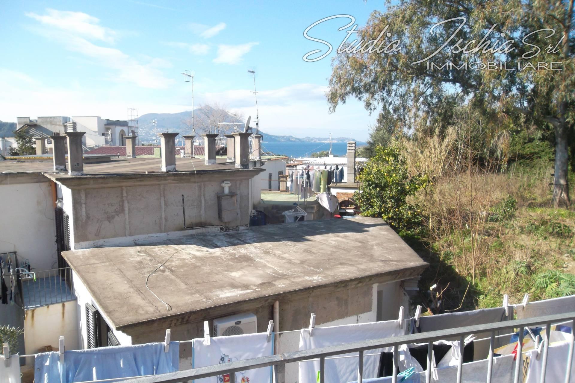 Appartamento in vendita a Procida, 5 locali, prezzo € 470.000 | CambioCasa.it