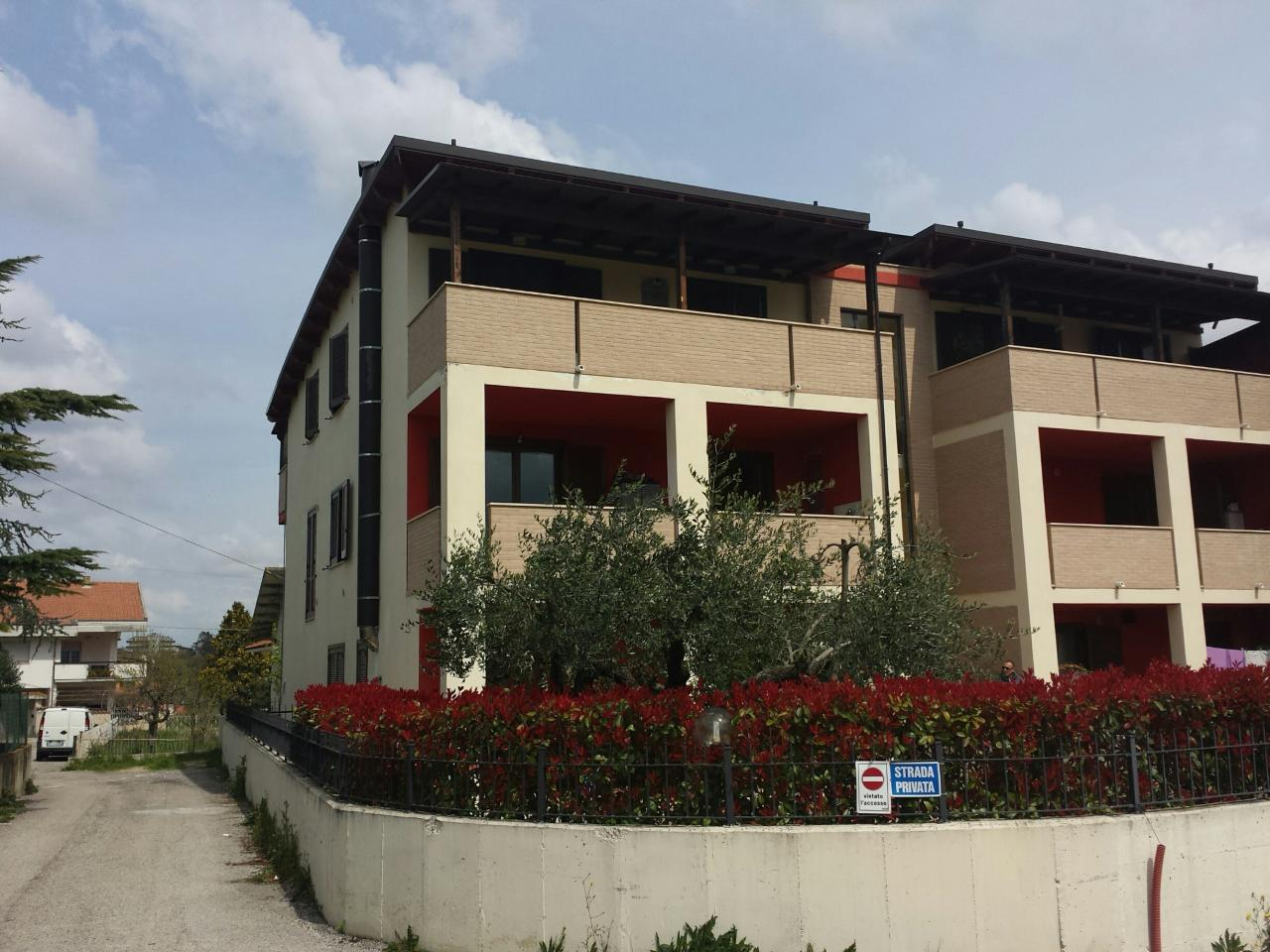 Bilocale Pianella Via Platani 9