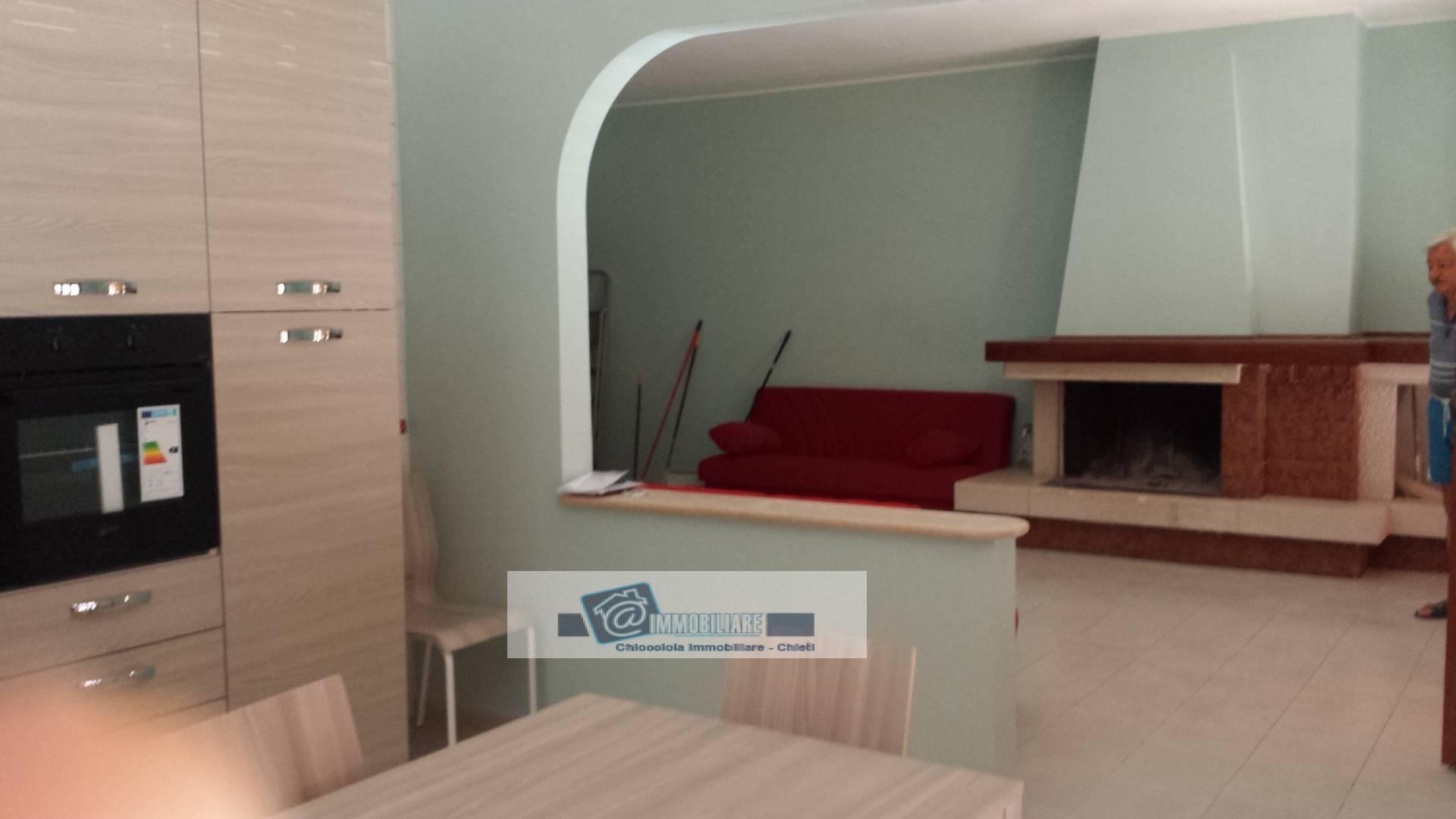 Appartamento in affitto a Cepagatti, 4 locali, zona Zona: Villanova, prezzo € 600 | Cambio Casa.it