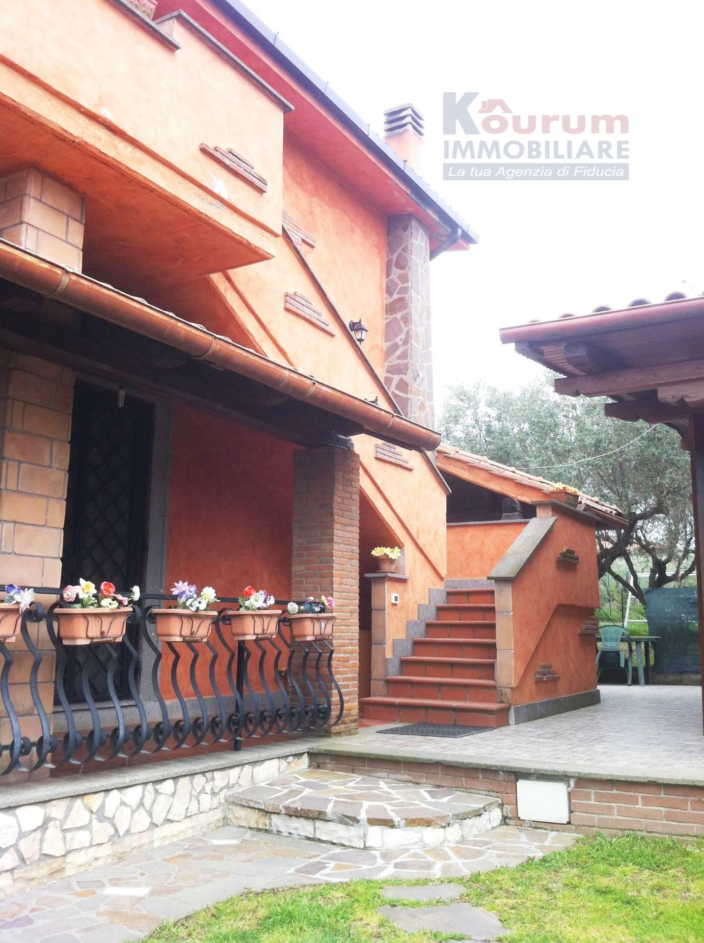 Bilocale Ciampino Via Isola Del Giglio 1