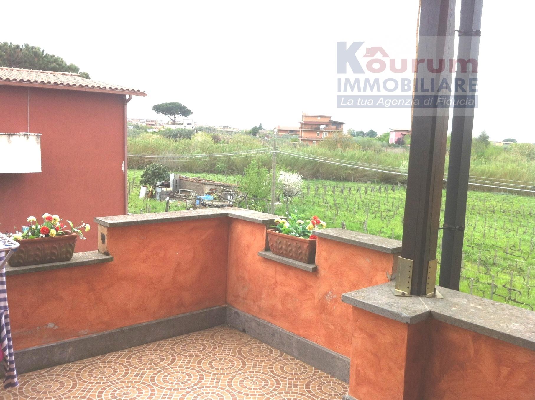 Bilocale Ciampino Via Isola Del Giglio 3