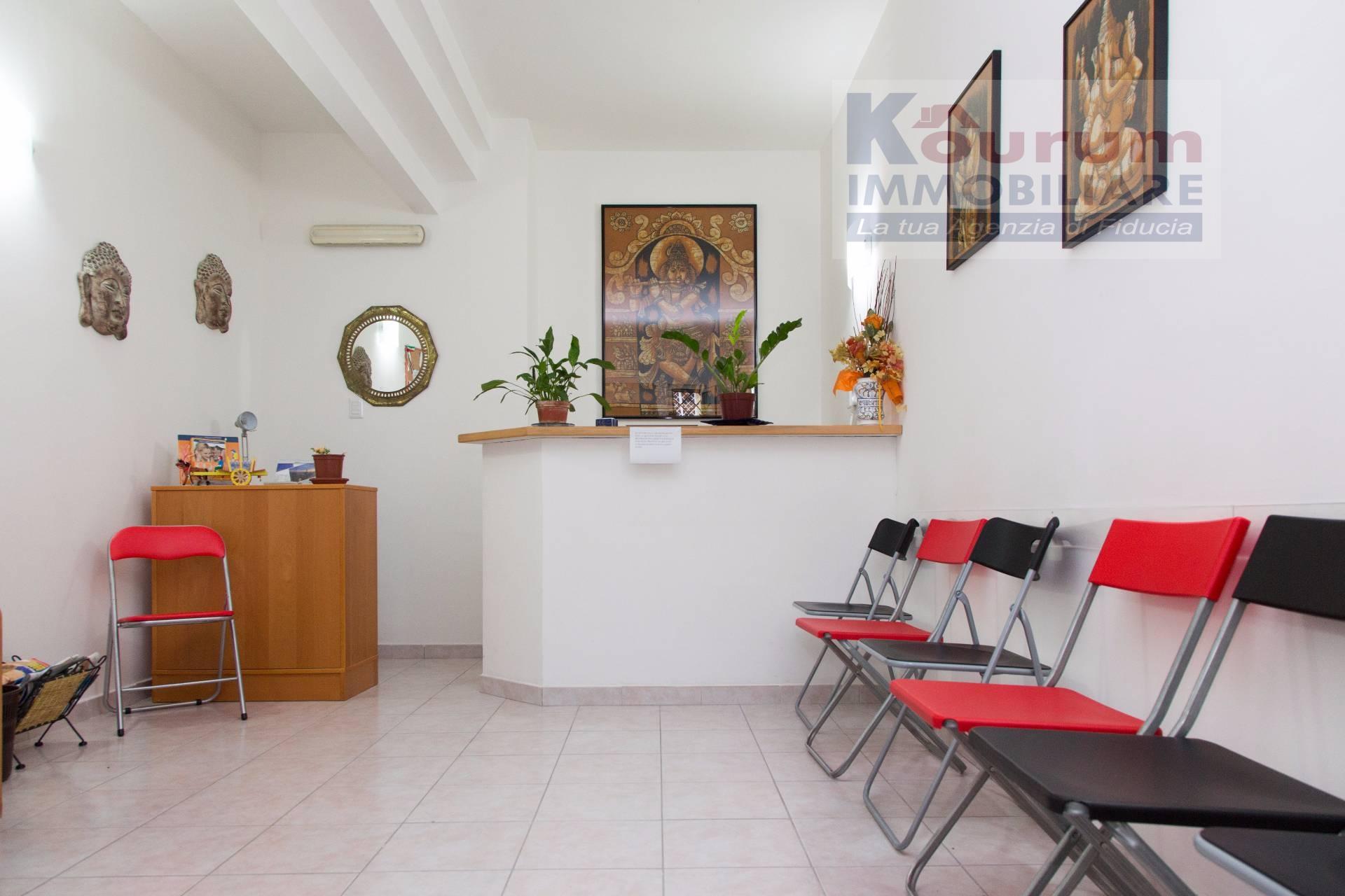 Appartamento in vendita a Ciampino, 3 locali, zona Località: MuradeiFrancesi, prezzo € 199.000 | CambioCasa.it