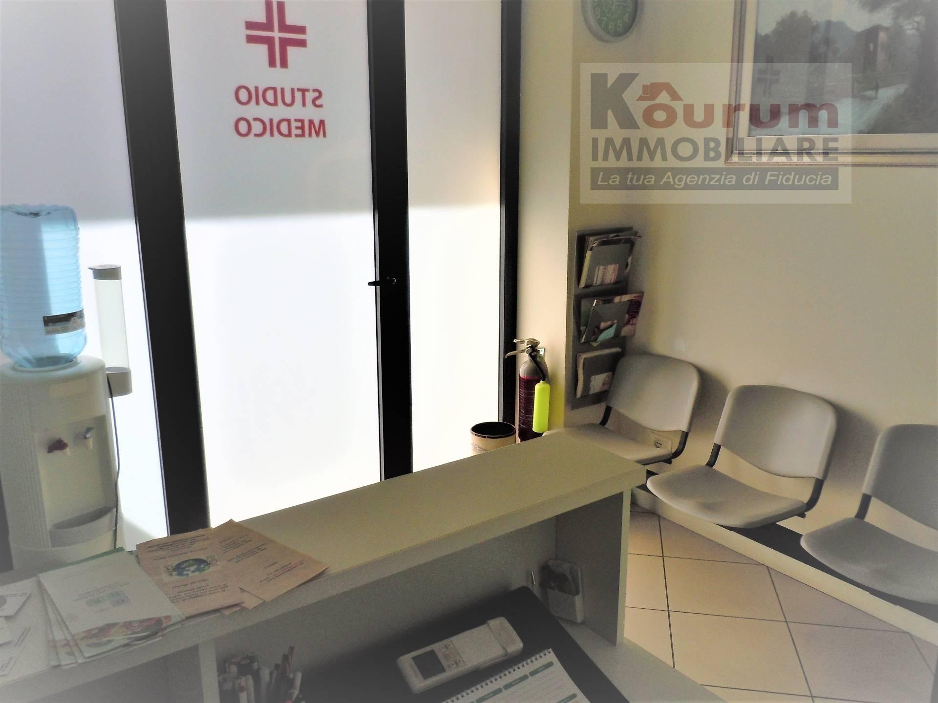 Ufficio / Studio in vendita a Ciampino, 9999 locali, zona Località: Kennedy, prezzo € 229.000 | CambioCasa.it