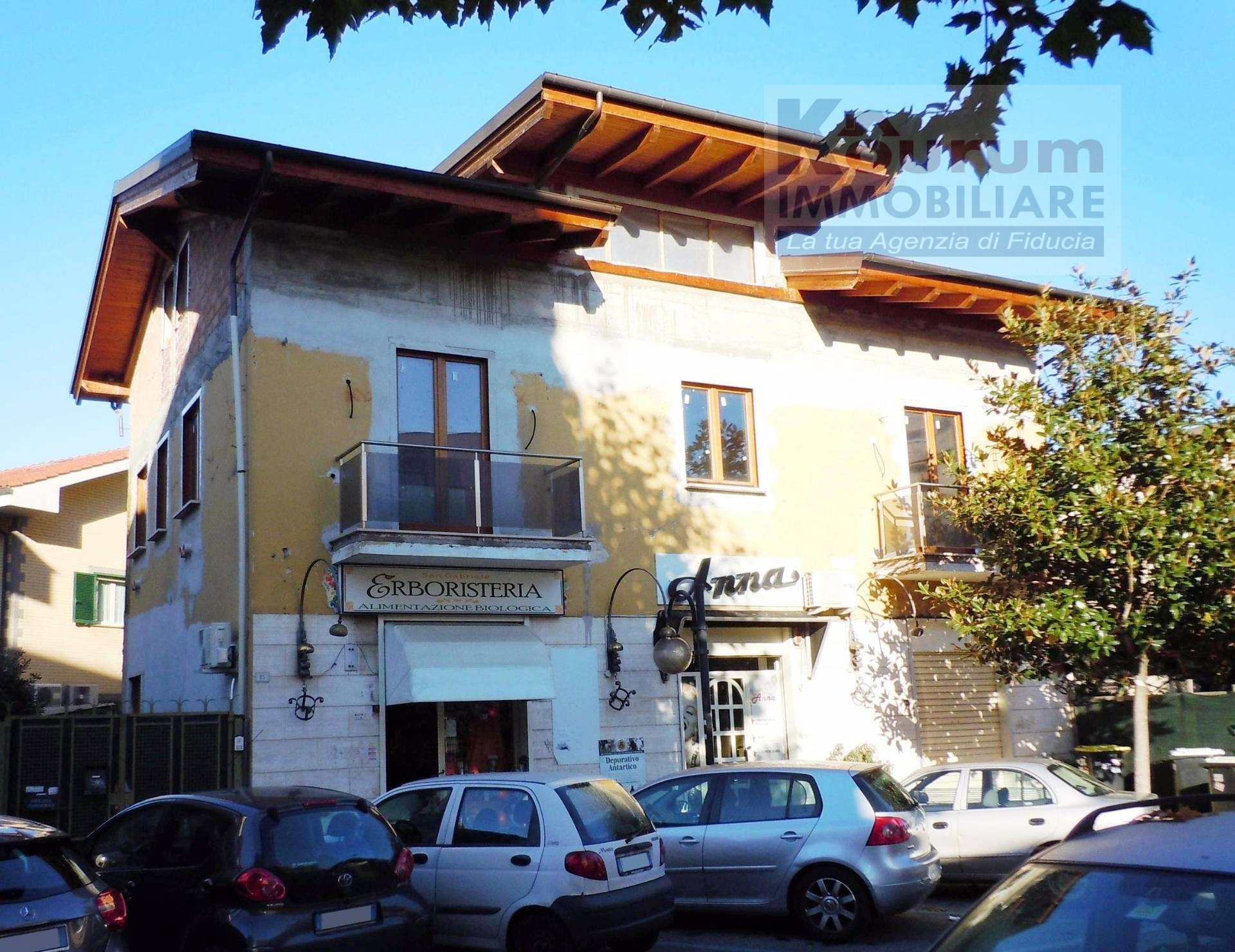 Appartamento in vendita a Ciampino, 2 locali, zona Località: Centro, prezzo € 99.000 | CambioCasa.it