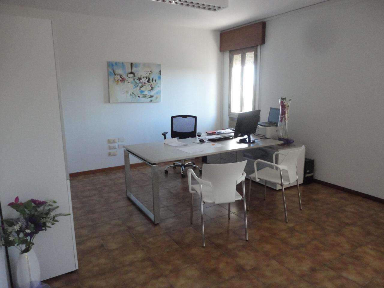 Ufficio / Studio in affitto a Zero Branco, 9999 locali, prezzo € 1.100 | Cambio Casa.it
