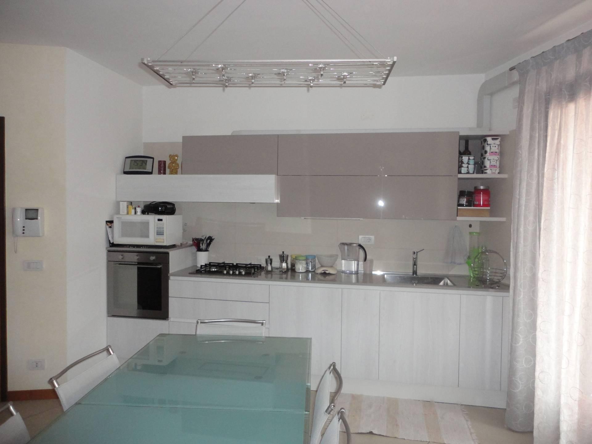 Appartamento in affitto a Zero Branco, 4 locali, prezzo € 690 | CambioCasa.it