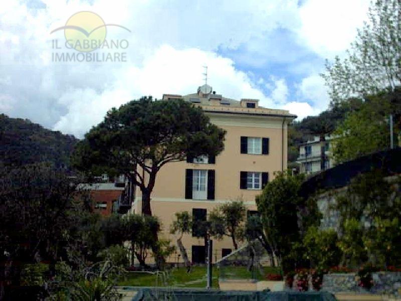 Appartamento in vendita a Sori, 7 locali, zona Località: centro, prezzo € 1.050.000 | CambioCasa.it