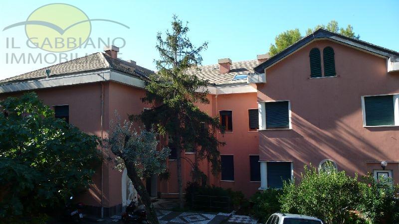 Castello affitto Camogli (GE) - 6 LOCALI - 100 MQ