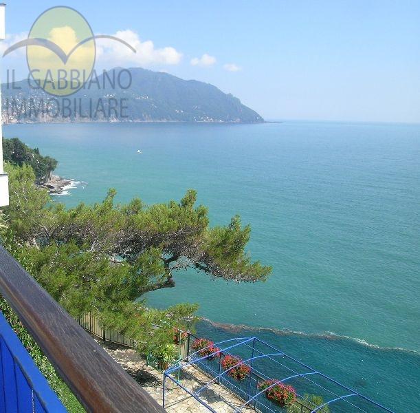 Appartamento in affitto a Sori, 6 locali, prezzo € 1.100 | Cambio Casa.it