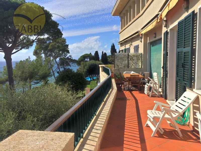 Appartamento in vendita a Pieve Ligure, 4 locali, prezzo € 790.000 | CambioCasa.it
