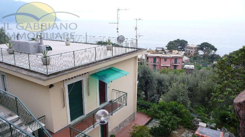 Appartamento in affitto a Recco, 4 locali, prezzo € 550 | CambioCasa.it
