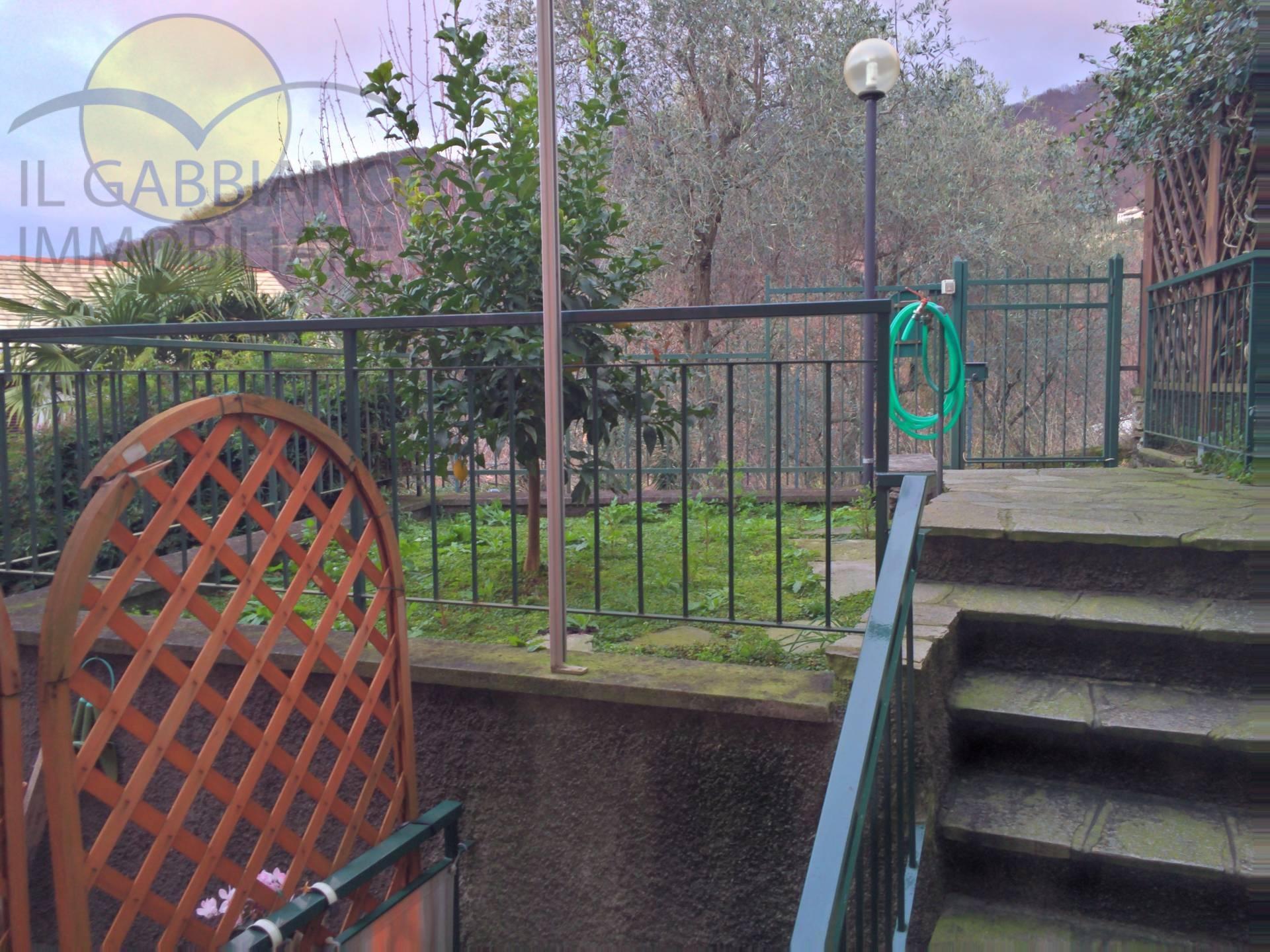 Appartamento in affitto a Avegno, 3 locali, zona Località: vexina, prezzo € 450 | CambioCasa.it