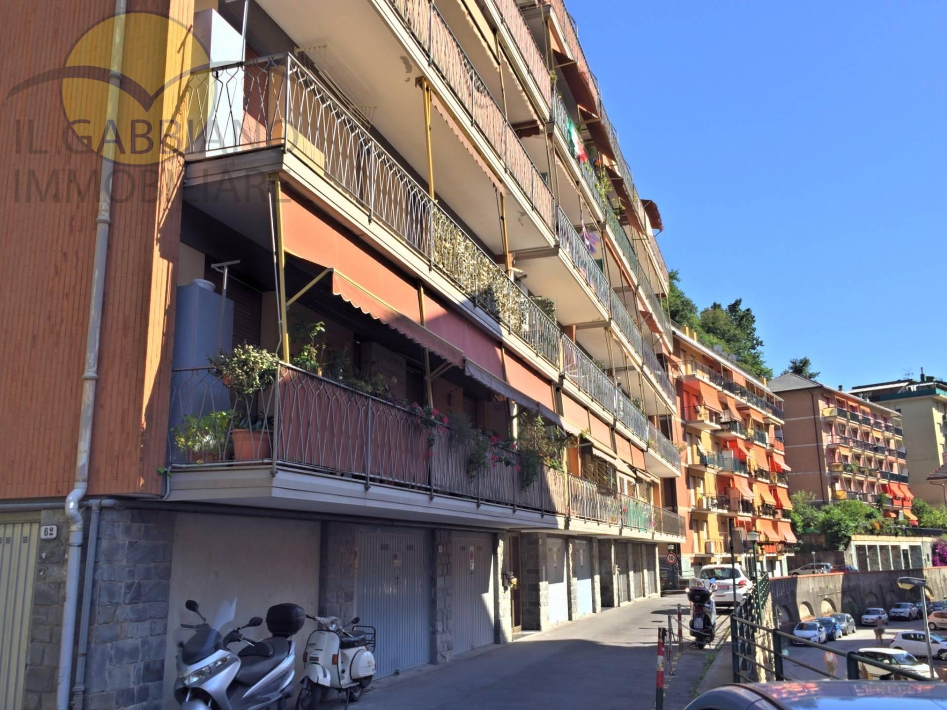 Appartamento in affitto a Recco, 4 locali, zona Località: Centro, prezzo € 550 | Cambio Casa.it
