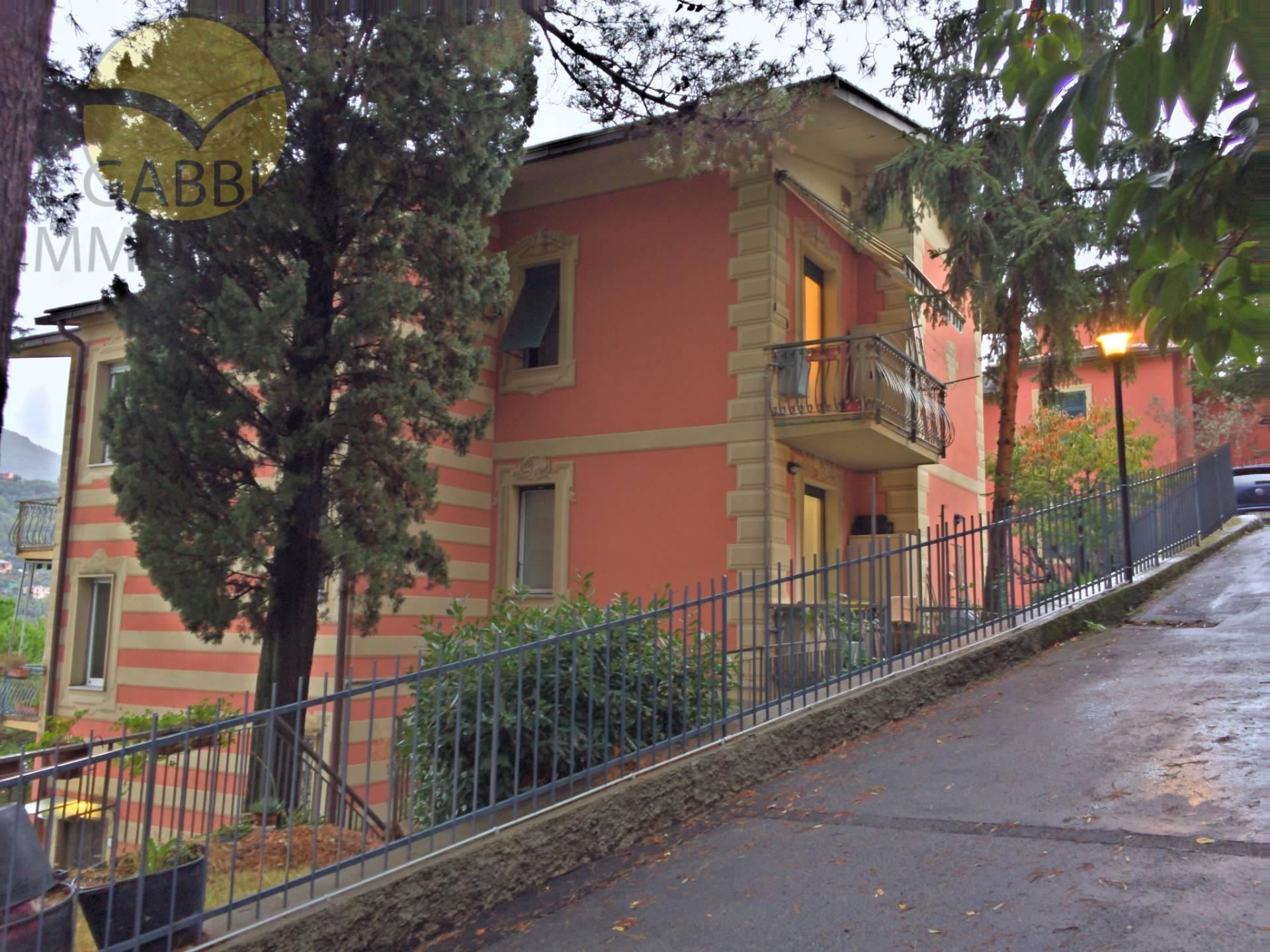 Appartamento in affitto a Recco, 4 locali, zona Zona: Megli, prezzo € 500 | Cambio Casa.it