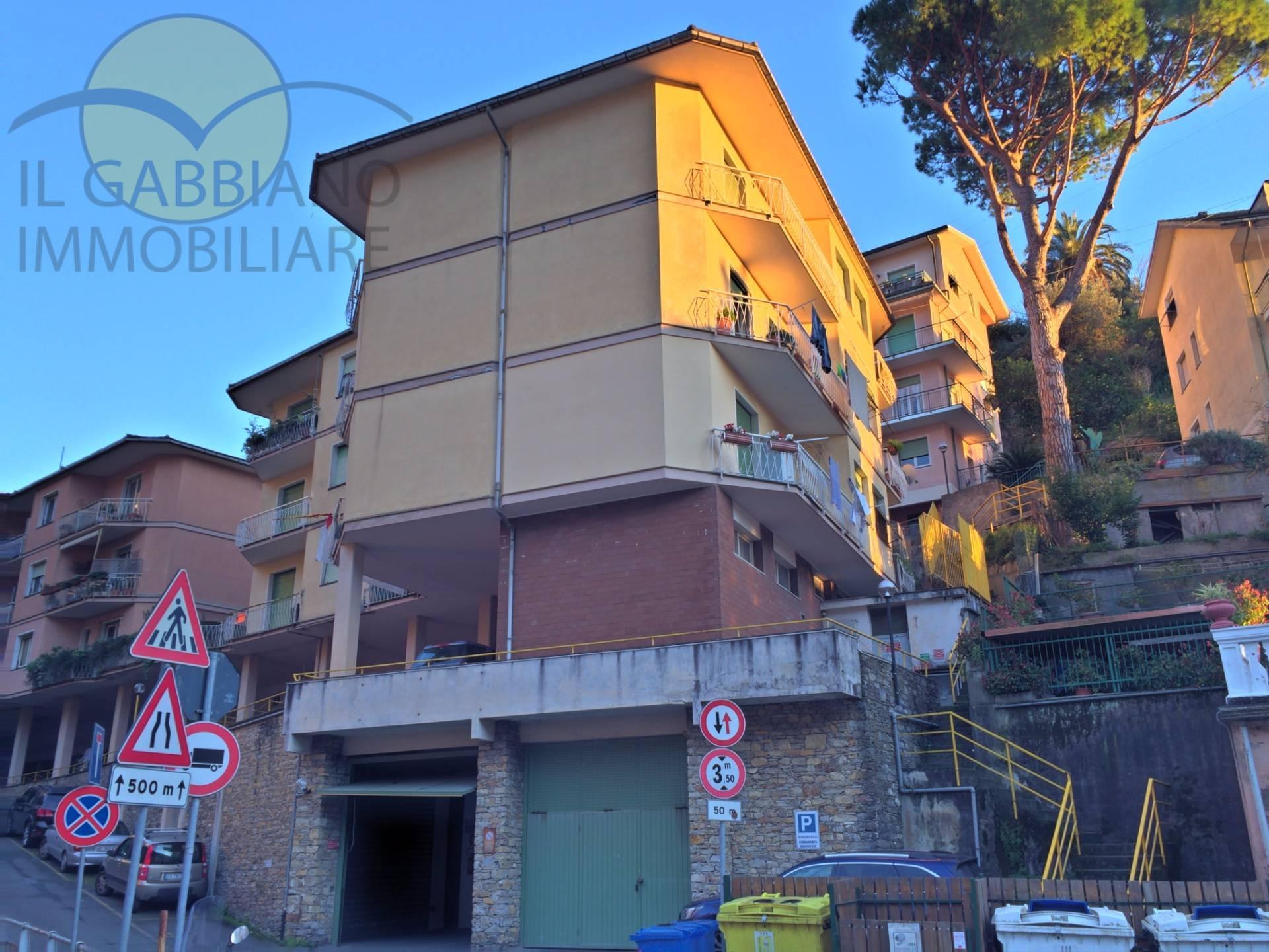 Appartamento in vendita a Sori, 6 locali, zona Località: sori, prezzo € 250.000 | Cambio Casa.it